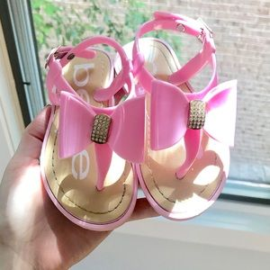 Girl's Bebe Crystal Bow Sandals!